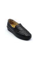 Selsan Pabuş Baklava Desenli Deri Rahat Ayakkabı SİYAH