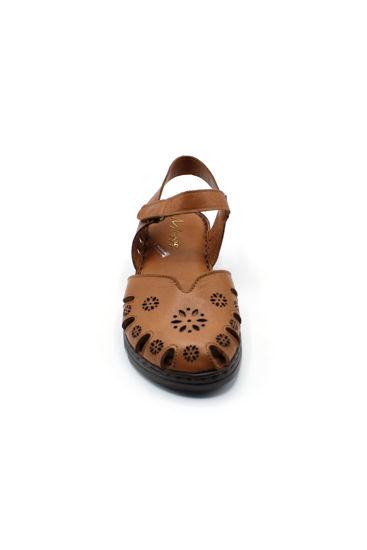 selsan-bal-onu-kapali-cicekli-rahat-deri-sandalet-TABA-526_301-0011208_0